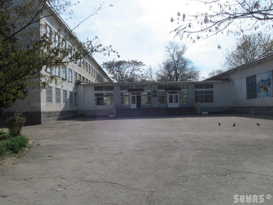 Сайт школа 45 севастополь люди подскажите хороший бесплатный хостинг для спама
